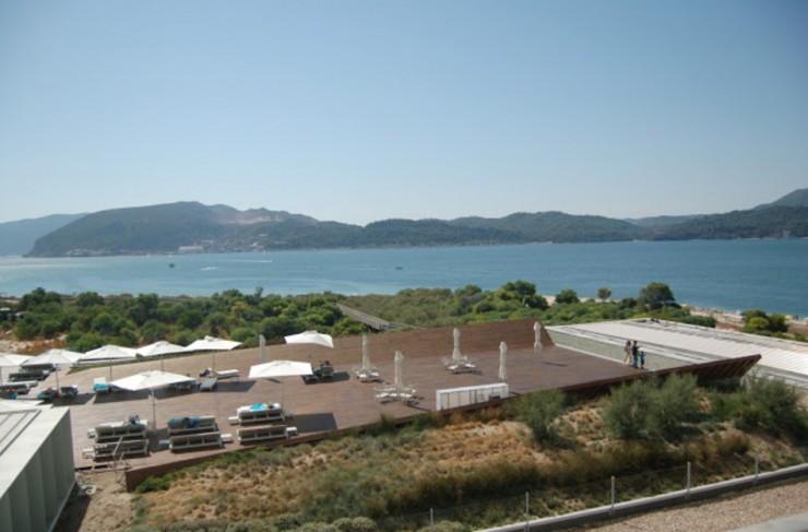 Tr ia design hotel the contemporary resort and design for Designhotel portugal