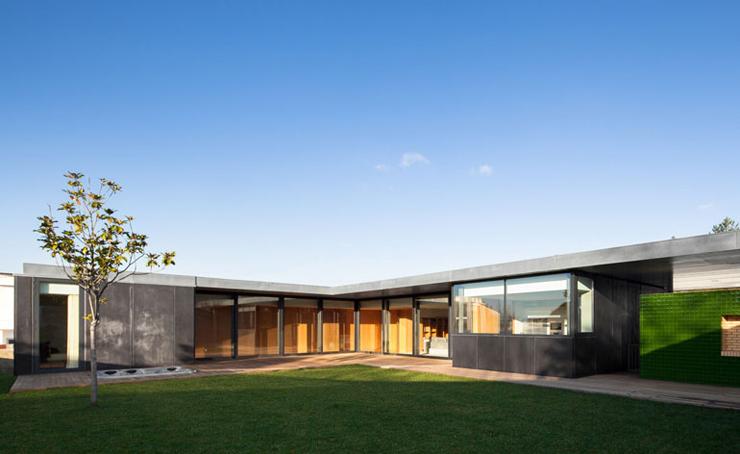 04_Architects-Directory-2014-Arquitectos-Matos